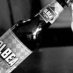 Aprende de un maestro cervecero con Olbea Pilsner